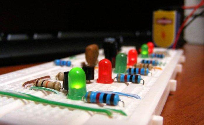 Curso de Electrónica Básica.